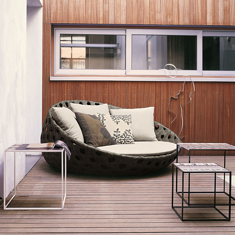 outdoor furniture | momeld   modern living | modern design