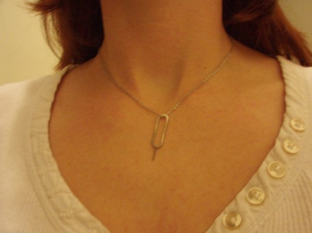 iphone key necklace 02
